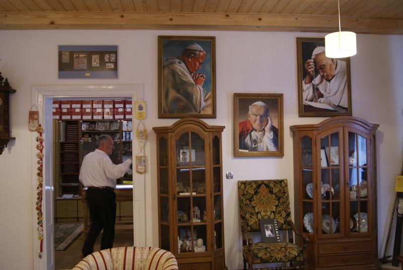 Zapraszamy do prywatnego muzeum poświęconego pamięci Ojca Świętego w Węglewicach!