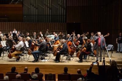 Próba generalna w Filharmonii Łódzkiej dla niecodziennej publiczności