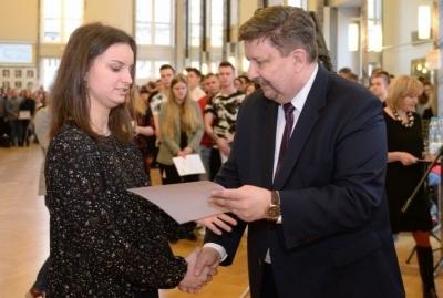 Zawodowcy w Łódzkiem – stypendia dla najzdolniejszych uczniów