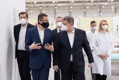 Premier przedstawił w Łodzi informacje o szczepionkach na Covid-19